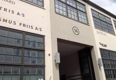 Stilrene facader på gamle industriejendomme
